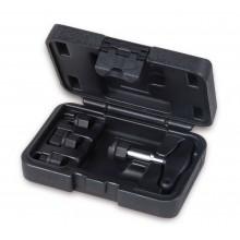 Satz mit Spezialschlüsseln für Ölverschluss aus Kunststoff